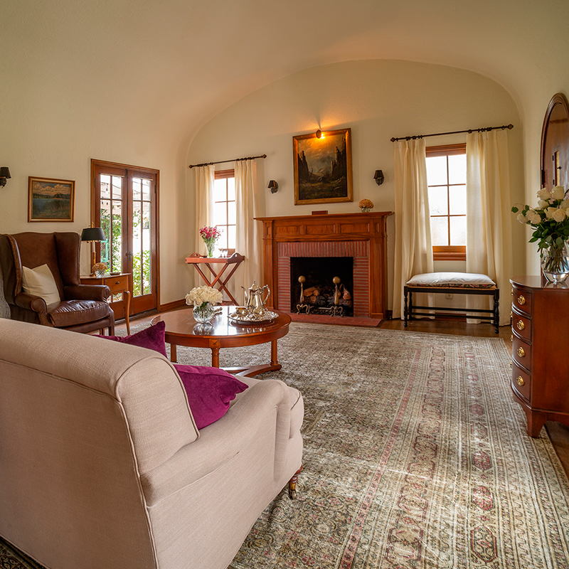 1928 English Cottage Living Room